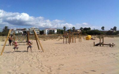 Els parcs metropolitans i els equipaments infantils i esportius de la platja tanquen a l'ús públic