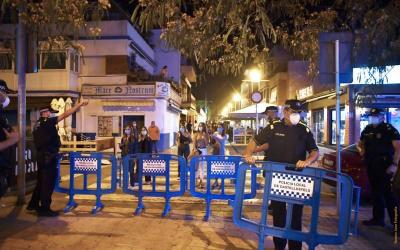 Policia i establiments valoren positivament el dispositiu de seguretat a les zones d'oci nocturn