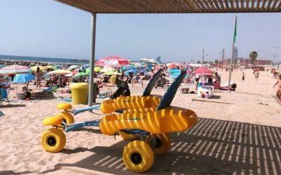 L'1 de juliol comença el servei de bany adaptat amb cadira amfíbia, amb persones acompanyants