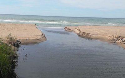 L'Ajuntament estudia emprendre accions judicials contra l'ACA si no soluciona els abocaments al mar