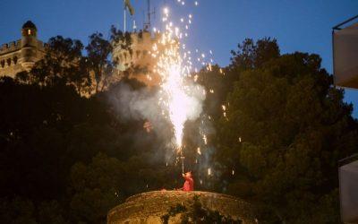 Les Festes del Mar/Confinades mantenen l'encesa de bengales des de les torres, demà
