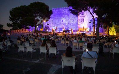 Bona acollida de les primeres propostes culturals que suposen el retorn de les activitats amb públic
