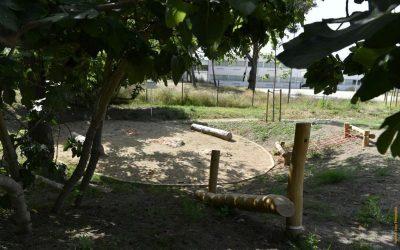 La figura de la pedagoga Marta Mata posa nom al nou parc de la zona escolar de Ca n'Aimeric