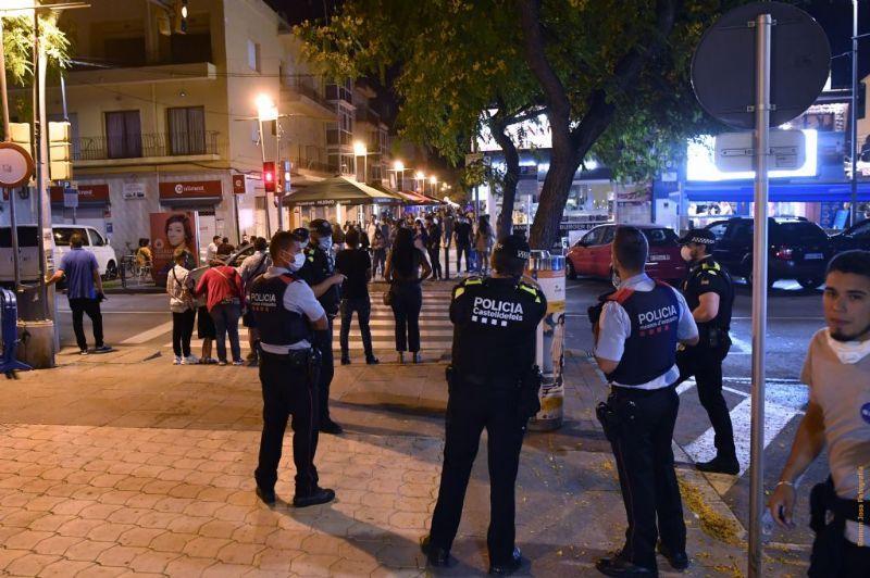Reforç dels controls policials en les zones d'oci nocturn de Castelldefels