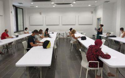 Dilluns s'obre la inscripció als cursos de català per a adults