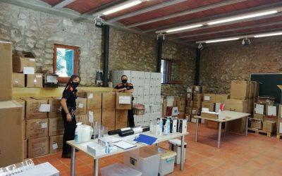 La subdelegació del Govern a Barcelona lliura 17.000 mascaretes a l'Ajuntament de Castelldefels