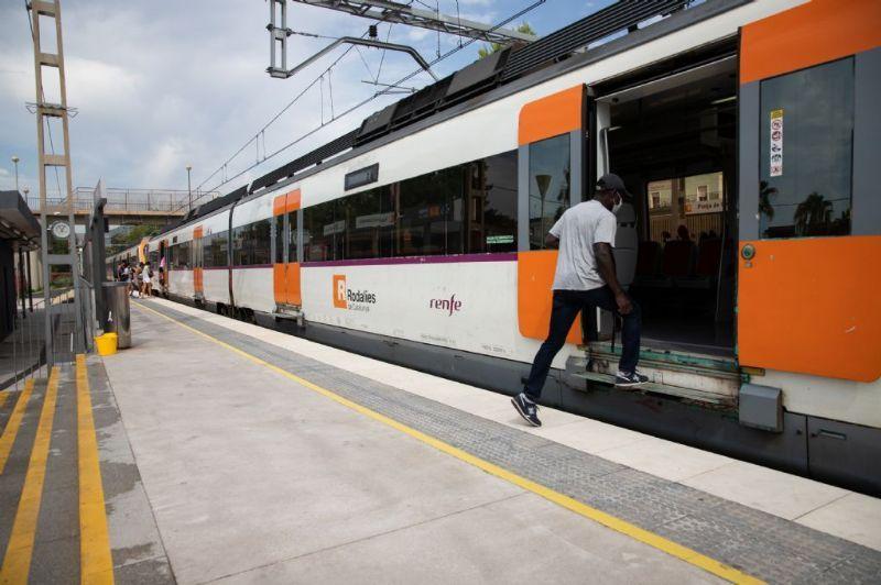 La circulación de trenes por Castelldefels del 23 al 25 de octubre, afectada por obras en Sants