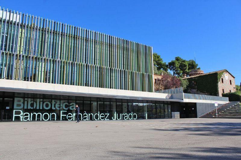 La Biblioteca Ramon Fernàndez Jurado torna a oferir els seus serveis