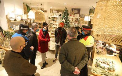 Policía Local y Mossos refuerzan la seguridad en las zonas comerciales durante la campaña de Navidad