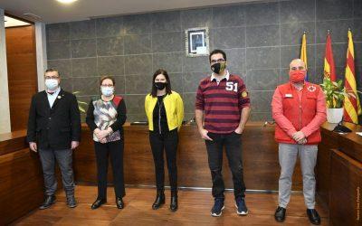 El Ayuntamiento homenajea al FS Castelldefels y la Agrupación Sardanista por sus 25 años de vida