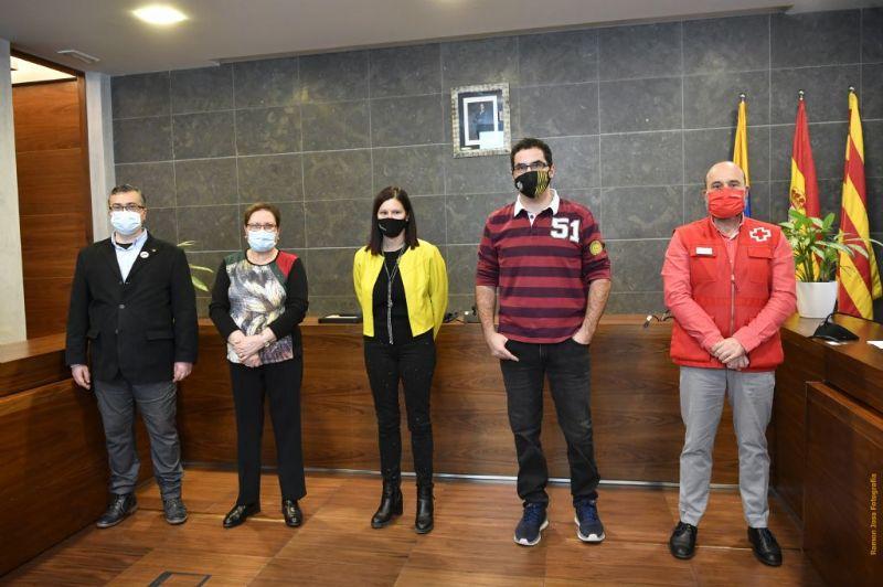 L'Ajuntament homenatja al FS Castelldefels i l'Agrupació Sardanista pels seus 25 anys de vida