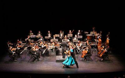 El Teatro Plaza acogió el tradicional Concierto de Navidad de Castelldefels