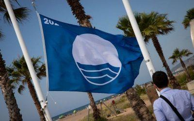 La platja de Castelldefels renova la Bandera Blava per aquest estiu